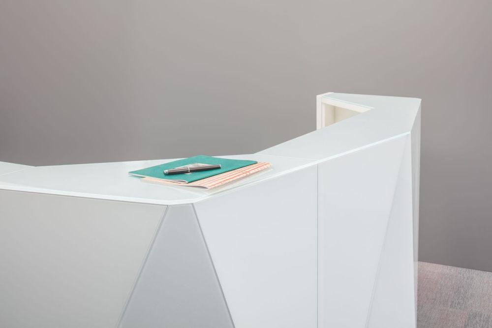 Alpa Reception Counter Top