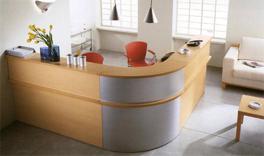 Kompas Reception Counter and Desk