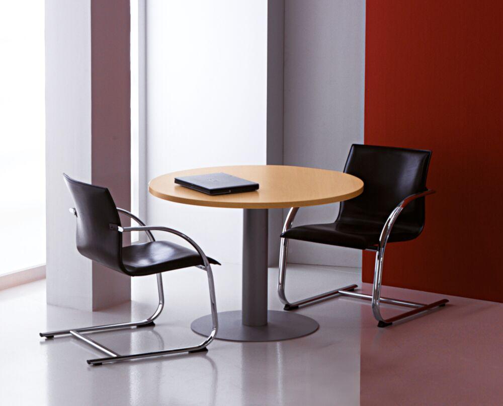 Kompass Round Meeting Table