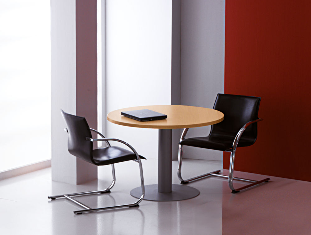 Kompas round meeting table