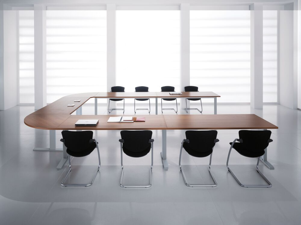 Kompass Meeting Table