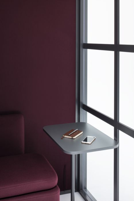 Acoustic glass pod with table