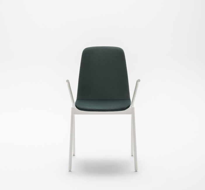 Ulti handels metal leg chair front