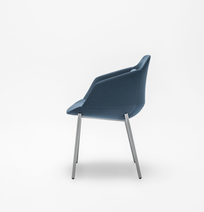 Ultra metal leg chair in blue