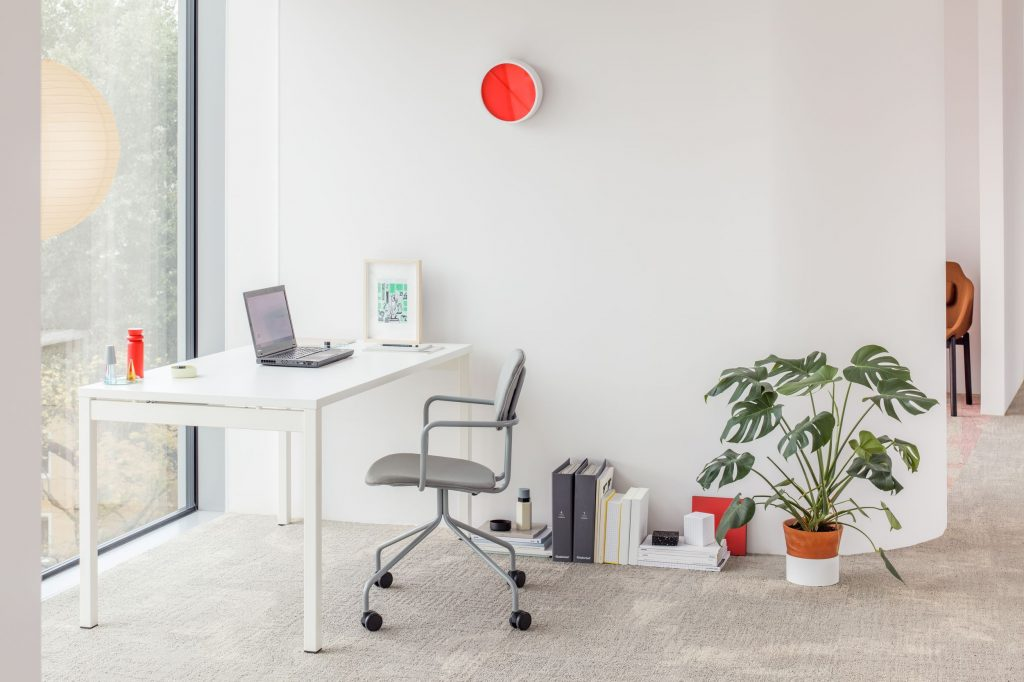 Obi Y Desk