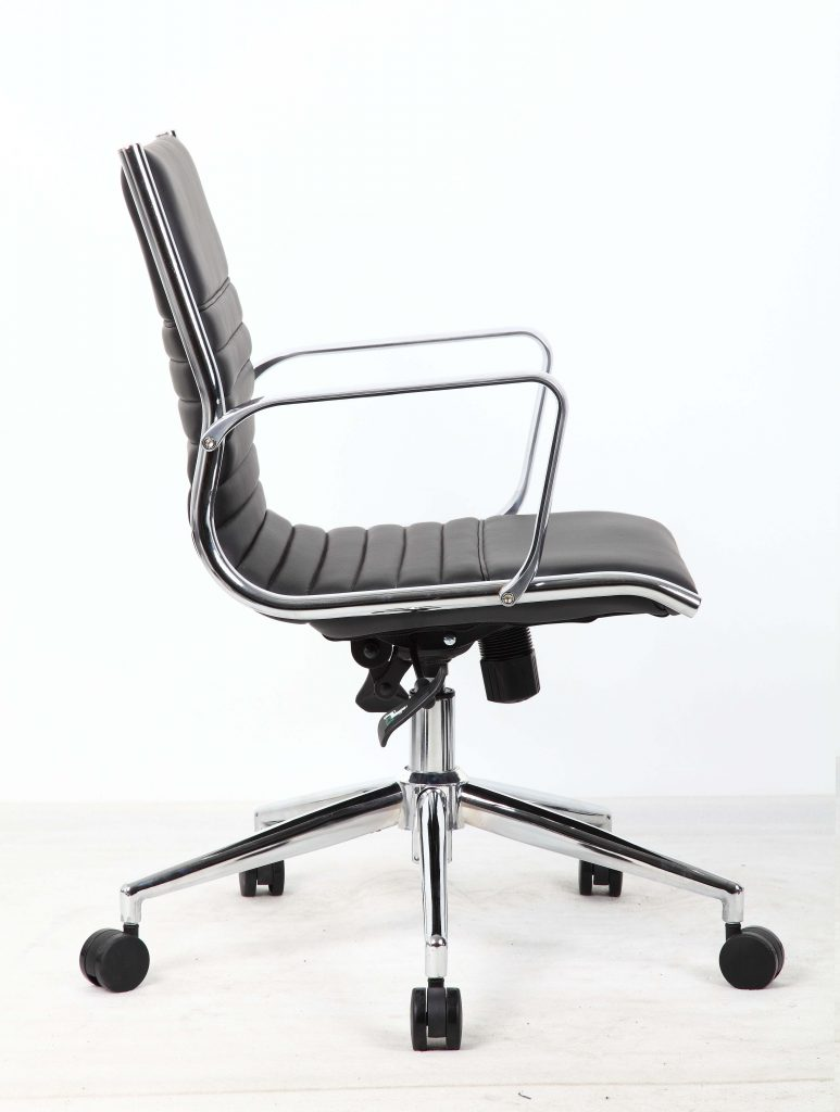 ritz medium back chair castor black