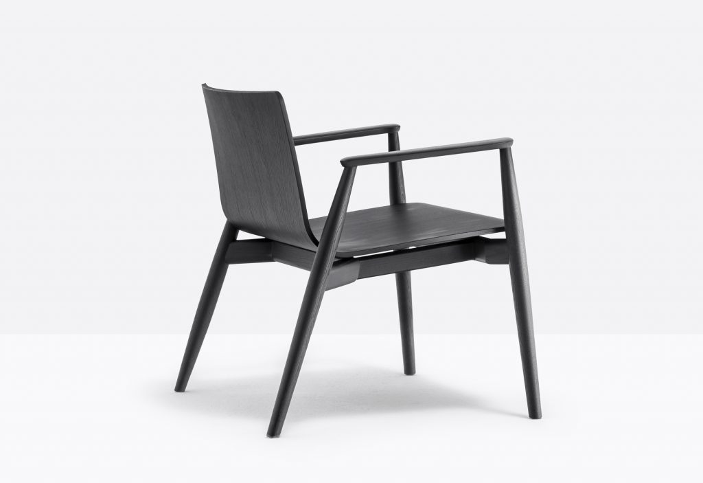 Malmo low chair 295
